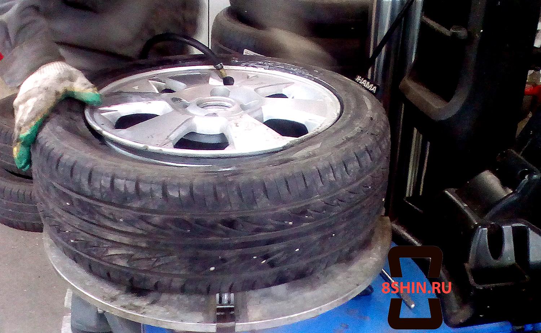 Накачивание шины на оборудовании Hofmann в 8Шин