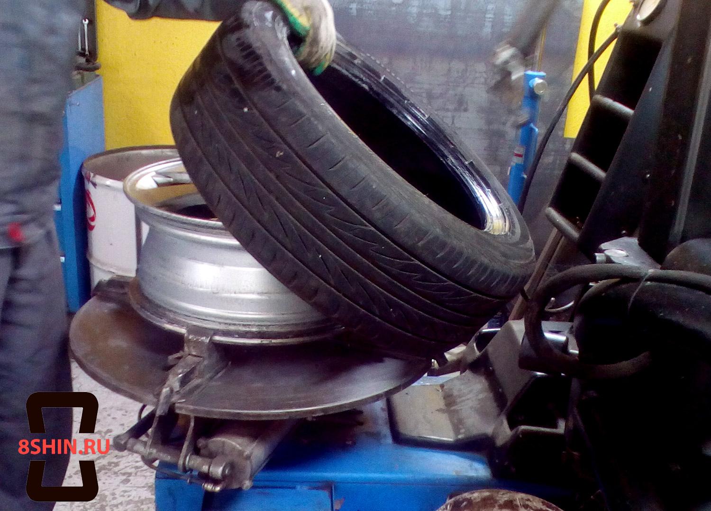 Отжим шины на станке в 8Шин